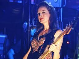 Smashing Pumpkins Bass Player by Interview The Smashing Pumpkins U0027 Nicole Fiorentino On Oceania