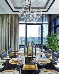modernes esszimmer schwarz gold stühle mit leder modernes