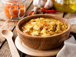 cuisine des lentilles soupe aux lentilles et légumes une recette soscuisine