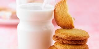 pate a biscuit facile biscuit sablé au beurre facile et pas cher recette sur cuisine