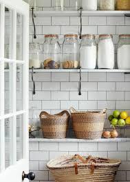 étagère cuisine à poser 55 idées pour poser du carrelage mural chez soi
