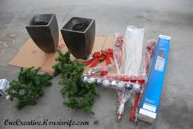 Outdoor Christmas Decorations Ideas To Make by One Creative Housewife My Outdoor Christmas Decorations