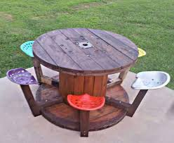 Build A Picnic Table Out Of Pallets by Best 25 Cable Spool Tables Ideas On Pinterest Wooden Spool