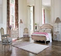Beautiful Vintage Bedrooms Designs
