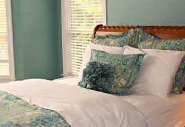 Carolina On My Mind: Master Bedroom: Rosalie Paisley Bedding Best 25 Pottery Barn Quilts Ideas On Pinterest Better Homes And Gardens Blue Paisley Quilt Collection Walmartcom Duvet White Bedding Ideas Wonderful Navy Diy A Clean Crisp Fresh Bedroom Walls Painted In Sherwinwilliams Cover Pillowcase Barn Duvet Covers On Sale 248 10 Thoughts Only Diehard Fans Will Uerstand Gant Key West Bed Linen Grey Monicas Interior Design My Master After Bedding Makeover Enchanted Master Gray California King