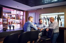 wohnzimmer bar in donaueschingen der öschberghof