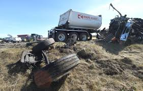 Two Die In Highway 34 Wreck West Of Tangent | Local | Gazettetimes.com Semi Trucks Wrecked For Sale Truck Salvage Tampa Wiebe Parts Inc Cab Chassis N Trailer Magazine Heavy Duty Intertional Lonestar Tpi Tractor Trailer Cabs Church Point Louisiana United States 7314790160 1980 Freightliner Coe Hudson Co 139869 Two Die In Highway 34 Wreck West Of Tangent Local Gaztetimescom Pickup Stock Photos