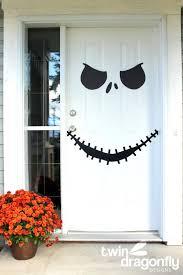 Cute Halloween Decorations Pinterest by Best 25 Halloween Door Decorations Ideas On Pinterest Halloween