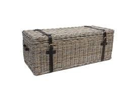 meubletmoi truhe aus kubu geflochten aufbewahrung im