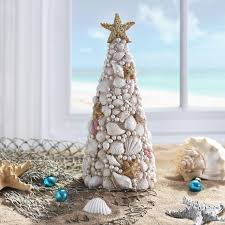 Seashell Christmas Tree Ornaments by 252 Best Beach Christmas Images On Pinterest Beach Themes