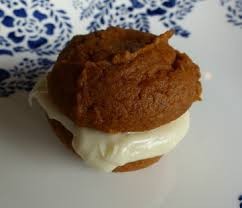 Pumpkin Whoopie Pies With Maple Spice Filling by Pumpkin Whoopie Pies With Maple Cream Cheese Filling Yummytums