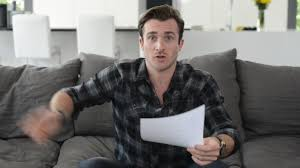 When Hes Not Investing In You Avoid THIS MISTAKE Matthew Hussey Get The Guy