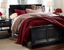Black And Red Bedroom Ideas by Best 25 Red Bedding Ideas On Pinterest Red Master Bedroom Red