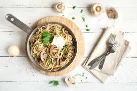 spaghetti in chignon rahmsoße