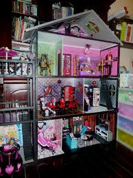Monster High Bedroom Set by 85a33fca5e5bf9c944ec4500621a3dd6 Jpg