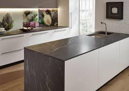 küchenarbeitsplatten aus naturstein bilder infos und