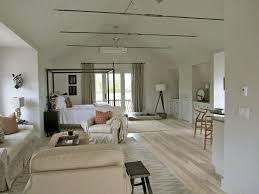 Garage With Apartments by The 25 Best Garage Studio Apartment Ideas On Garage