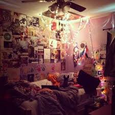 I Wish Was A Teenager Again So It Would Be Acceptable To Currently Decorate My Room Like Thisthis Pinner Totally Agrees