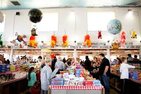 Look Inside Minnesota's Largest Candy Store - Eater Twin Cities 88 Best Barns Images On Pinterest Country Barns Living Big Yellow Barn Is Mns Largest Candy Store Places To Be People Gust Gab Minnesotas Largest Candy Store A Dump Album Imgur Our Annual Pilgrimage Mojitos Bittersweet Lane Jims Apple Farm Aka 10 Minnesota State Fair Foods Under 5 Fair Food Visit Youtube Sweet Tooth Dan Ryckert Twitter This Look Inside Eater Twin Cities Kid Adventures In Minnema