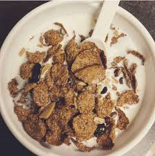 Good Snack Before Bed by High Fiber Cereal And Milk High Fiber Cereal Fiber Cereal And