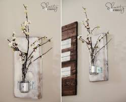Best Rustic Wall Mount Flower Decor Ideas With Distressed White Wood Plank