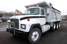 1995 Mack RD690S Tri Axle Dump Truck For Sale By Arthur Trovei ... Triaxle Dump Trucks Exterra Logistics Southern Ontario 2007 Intertional 8600 Triaxle Steel Dump Truck For Sale 46954 2004 Sterling Lt9500 Maine Financial Group Ho 187 Promotexherpa 6535 Peterbilt 367 Triaxle 2005 Kenworth T800 And Tri Axle Work Plus Used One Ton Used For Sale In Pa 1986 Ford Aeromax L9000 Tri Axle Dump Truck Item F5961 S 2003 Freightliner Fld112sd 1953 116th Big Farm Yellow Tandem Andr Taillefer Ltd 1998 Mack Rd690s Sale By Arthur Trovei