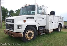 100 Service Truck 1990 Mack Service Truck Item J8505 SOLD June 27 Vehicle