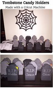 Halloween Tombstones Diy by Diy Tombstone Halloween Party Candy Holders Made With A Cricut