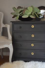 Chalk Paint Vs Milk Paint What s the Difference Decorated Life