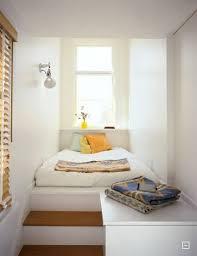 pin whiting auf gundogan schmales schlafzimmer