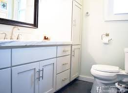 Diy L Shaped Bathroom Vanity by How To Paint Cabinets With Chalk Paint