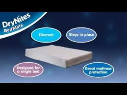 Goodnites Disposable Bed Mats by Drynites Disposable Bed Mats Demonstration Youtube