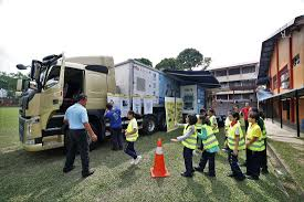 Volvo Trucks Malaysia Aims To Spread Road Safety Message Among ... Kids Videos Buy Vehicles Zobic Dumper Truck Trucks For Children Video Monster Trucks Car Wash For Kids Children The Monster Big Channel Garbage Truck Youtube And More Childrens Book Em Makins Impressive Pictures Of Cstruction Cartoon Cars Making Trucks Compi Dailymotion Video Formation Babies Kindergarten Fire Accsories Puzzles Excavators Cranes Transporter Quick Learning Street Names And
