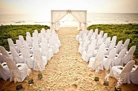 Closed Aisle Idea For The Sandy Beach