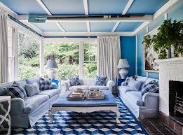 wohnzimmer in blau weiß mit bild kaufen 12683233