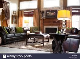 amerikanisches wohnzimmer stockfotos und bilder kaufen alamy