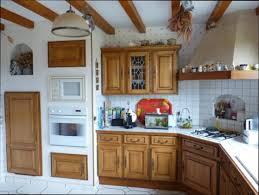 repeindre cuisine chene repeindre meuble cuisine chene peinture duun meuble de cuisine