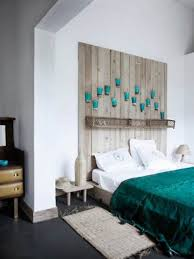 Pallet Wall Decor Ideas For Bedroom