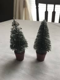 Vintage Pair Of Small Bottle Brush Christmas Trees W Wood Bases
