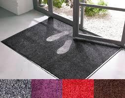 tapis antipoussière coloré becquet