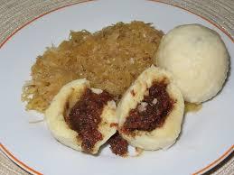 waldviertler grammelknö mit sauerkraut