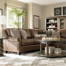 Brown Couch Living Room Decorating Ideas by Best 25 Leather L Shaped Couch Ideas On Pinterest Brown