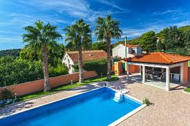 villa rasotica ferienhaus zu mieten in sumartin auf