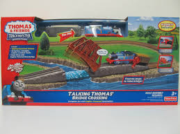 Tidmouth Sheds Trackmaster Ebay by Image Trackmaster Fisher Price Talkingthomas U0027bridgecrossingbox