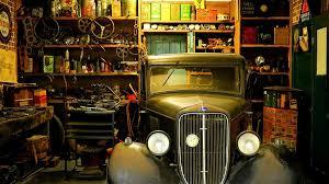 0 Cluttured Garage Retro Car Open Racks