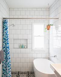 room ideas for small spaces bathrooms