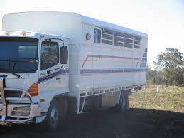 Horse Truck | Horse Floats For Sale QLD: Wide Bay Burnett