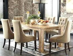 Round Dinning Room Tables Small Round Dining Tables And Chairs