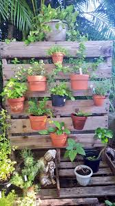 Hangapot On Twitter DIY Vertical Herb Pallet Garden By Eric Of Edison Ford Winter Ft Myers Fl Clay Pots Uniquely Arrangedsecured With