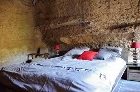 chambres d hotes troglodytes insolite dans une chambre troglodyte en anjou doué en anjou